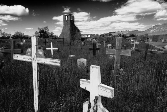 taos_cemetery_2007x2
